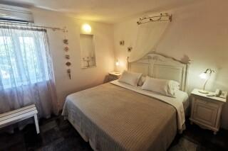 accommodation ambelas mare double bedroom