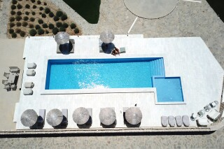 facilities ambelas mare pool view