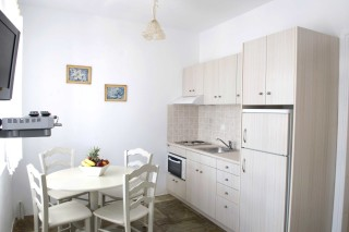 ambelas_mare_apartments-06-3