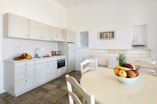 apartment 4 ambelas mare amenities